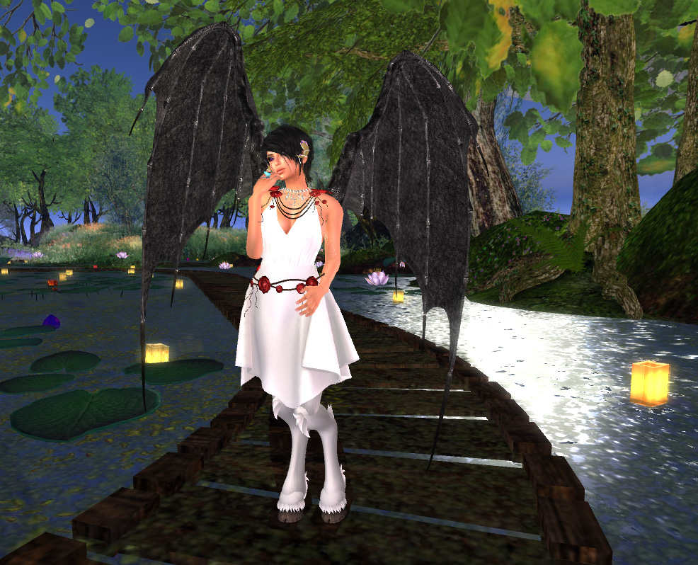 ff-marilyn-dress-with-wings
